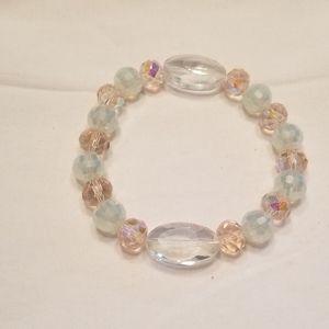 🎉HP!💎 Sparkling pink & white stretch bracelet 💎